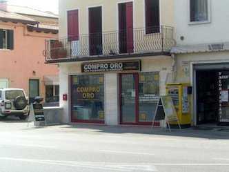 Vetrina compro oro Montecchio Maggiore